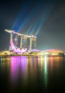 20160329.singapore.lasersshowvertical.facebook
